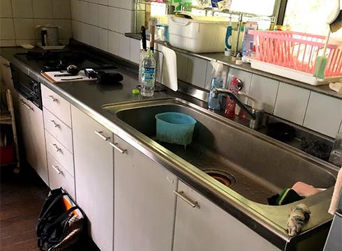 ホーローシステムキッチンを使用されていました。